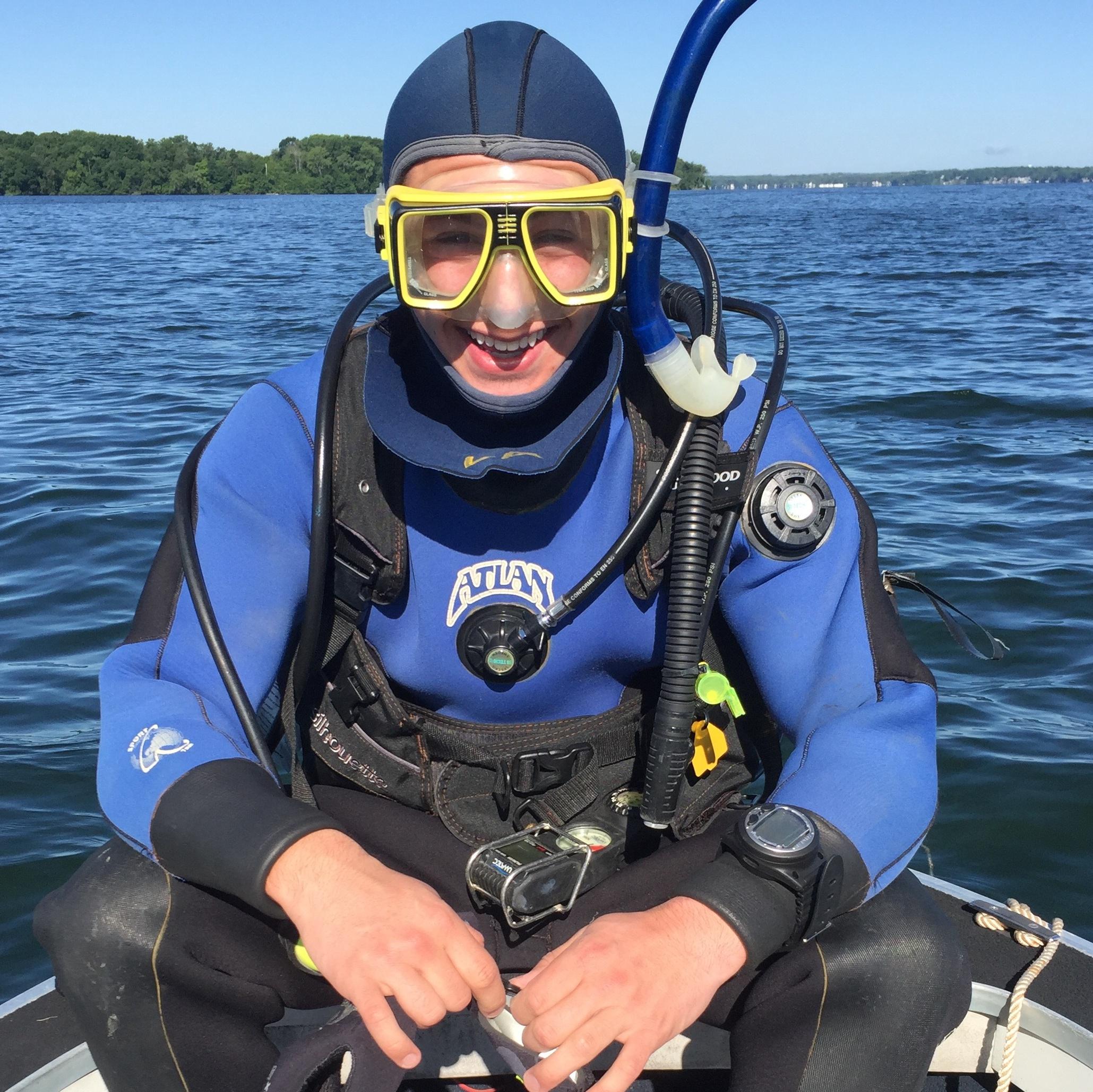 Diversions Scuba Wisconsins Premier Dive Center Located In